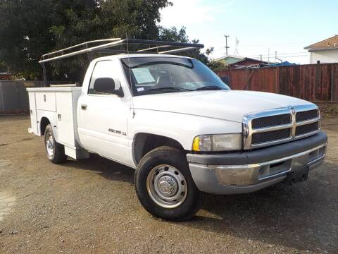 2001 Dodge Ram Chassis 2500 for sale at Royal Motor in San Leandro CA
