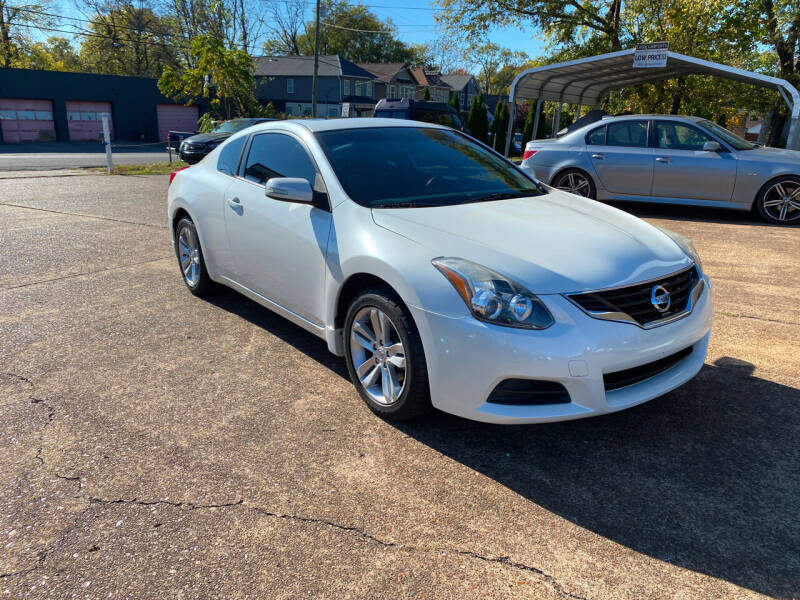 2013 Nissan Altima for sale at The Auto Lot and Cycle in Nashville TN