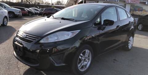 2012 Ford Fiesta for sale at Diana Rico LLC in Dalton GA