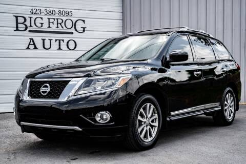 2013 Nissan Pathfinder for sale at Big Frog Auto in Cleveland TN