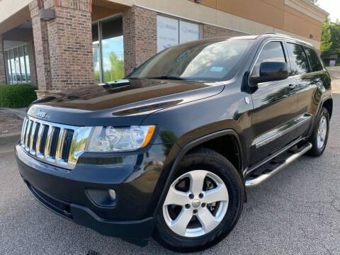 2011 Jeep Grand Cherokee for sale at Gwinnett Luxury Motors in Buford GA