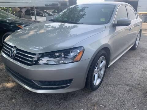 2013 Volkswagen Passat for sale at The Kar Store in Arlington TX