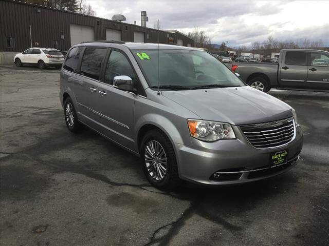 2014 Chrysler Town and Country for sale at SHAKER VALLEY AUTO SALES in Enfield NH