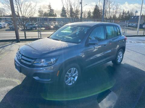2013 Volkswagen Tiguan for sale at Vista Auto Sales in Lakewood WA