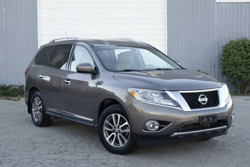 2014 Nissan Pathfinder for sale at Albo Auto in Palatine IL