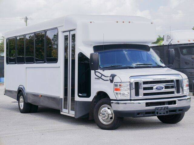 2017 Ford E-Series Chassis for sale at Jumbo Auto & Truck Plaza in Hollywood FL