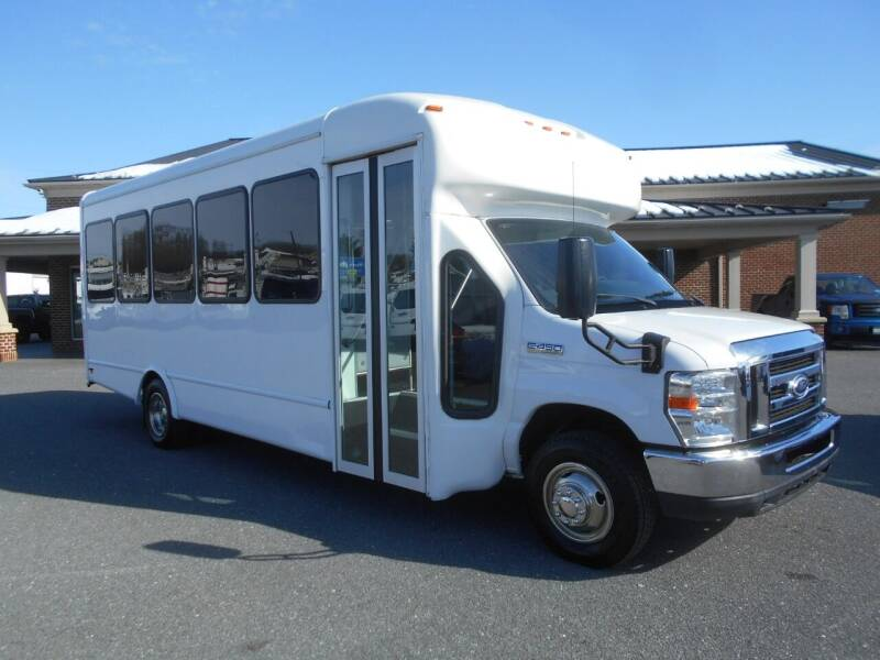 2015 Ford E-Series Chassis for sale at Nye Motor Company in Manheim PA