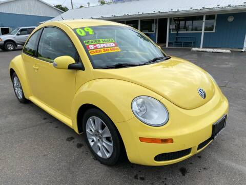 2009 Volkswagen New Beetle for sale at HACKETT & SONS LLC in Nelson PA