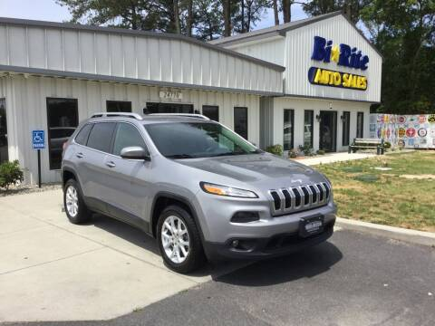 2015 Jeep Cherokee for sale at Bi Rite Auto Sales in Seaford DE
