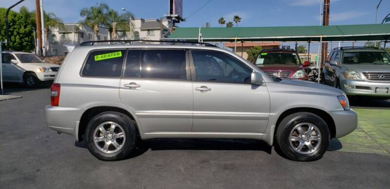 2005 Toyota Highlander for sale at Pauls Auto in Whittier CA