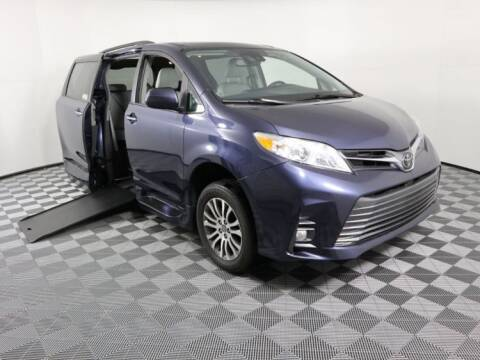 2018 Toyota Sienna for sale at AMS Vans in Tucker GA