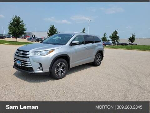2017 Toyota Highlander for sale at Sam Leman CDJRF Morton in Morton IL