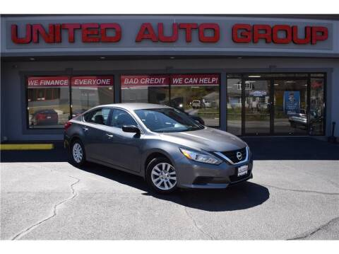 2017 Nissan Altima for sale at United Auto Group in Putnam CT
