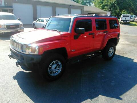 2006 HUMMER H3 for sale at Jim's Hometown Auto Sales LLC in Byesville OH