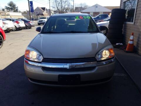 2004 Chevrolet Malibu Maxx for sale at Roy's Auto Sales in Harrisburg PA