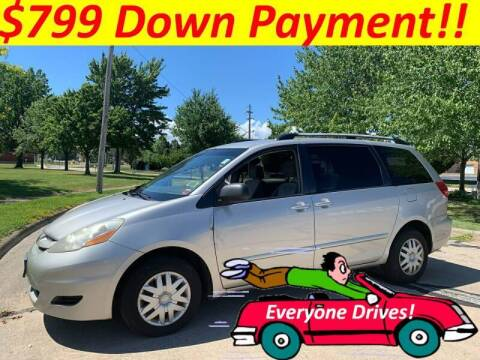 2007 Toyota Sienna for sale at World Automotive in Euclid OH