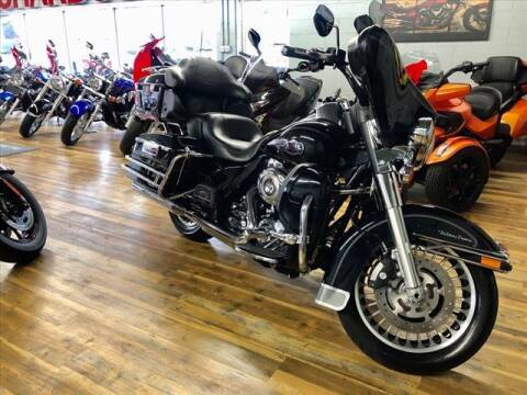 2010 Harley-Davidson FLHTCU for sale at Richardson Sales & Service in Highland IN