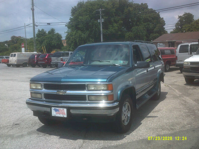 1995 Chevrolet Suburban for sale at M & M Inc. of York in York PA