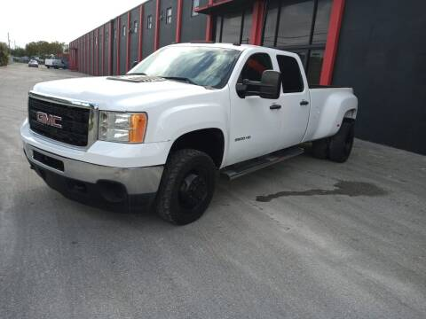 2011 GMC Sierra 3500HD for sale at Ven-Usa Autosales Inc in Miami FL