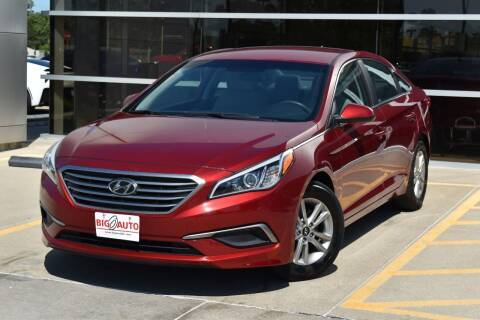 2016 Hyundai Sonata for sale at Big O Auto LLC in Omaha NE