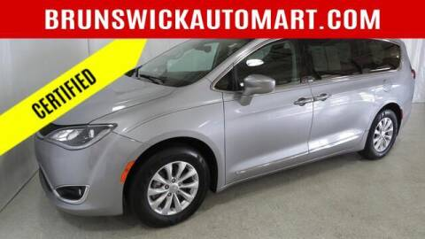 2018 Chrysler Pacifica for sale at Brunswick Auto Mart in Brunswick OH