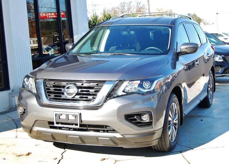 2017 Nissan Pathfinder for sale at Avi Auto Sales Inc in Magnolia NJ