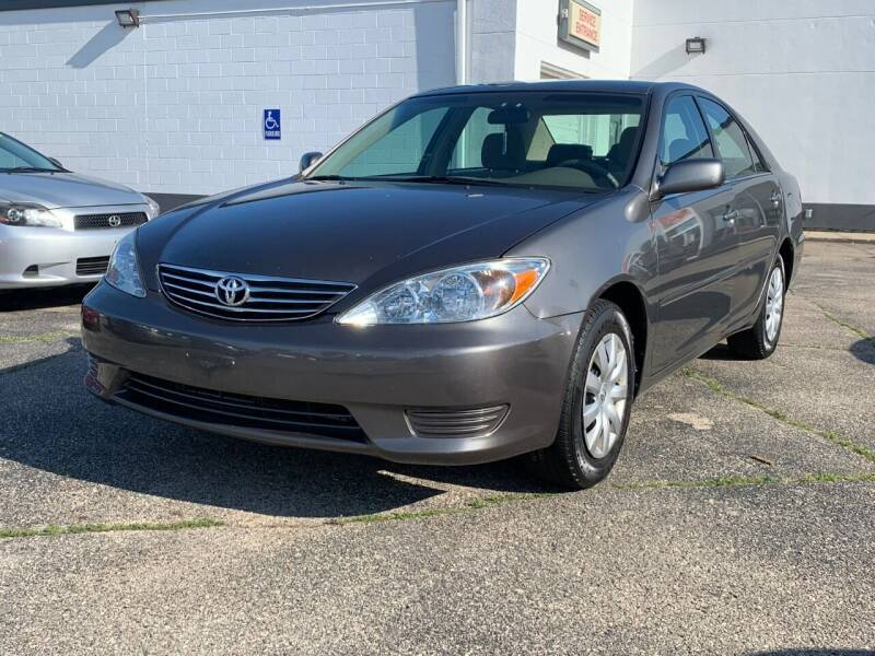 2005 Toyota Camry for sale at HIGHLINE AUTO LLC in Kenosha WI
