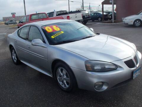 2006 Pontiac Grand Prix for sale at Country Side Car Sales in Elk River MN