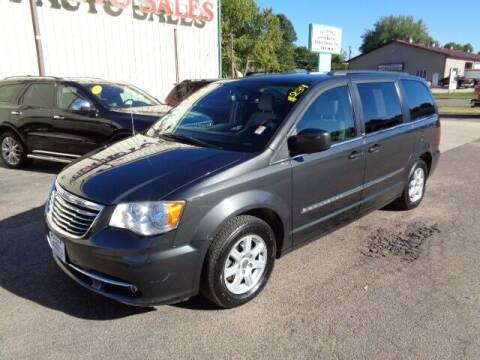 2011 Chrysler Town and Country for sale at De Anda Auto Sales in Storm Lake IA