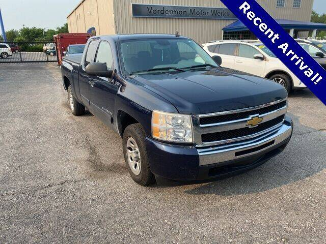2011 Chevrolet Silverado 1500 for sale at Vorderman Imports in Fort Wayne IN