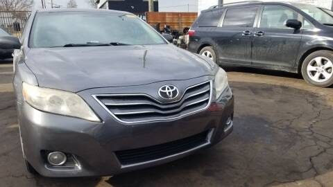 2011 Toyota Camry for sale at The Bengal Auto Sales LLC in Hamtramck MI