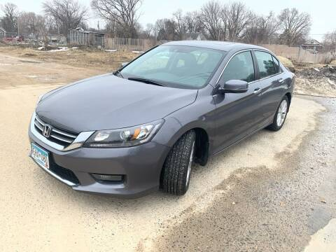 2014 Honda Accord for sale at ONG Auto in Farmington MN