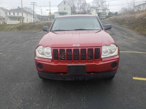 2006 Jeep Grand Cherokee for sale at KANE AUTO SALES in Greensburg PA