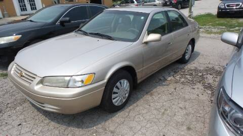 1998 Toyota Camry for sale at Tates Creek Motors KY in Nicholasville KY