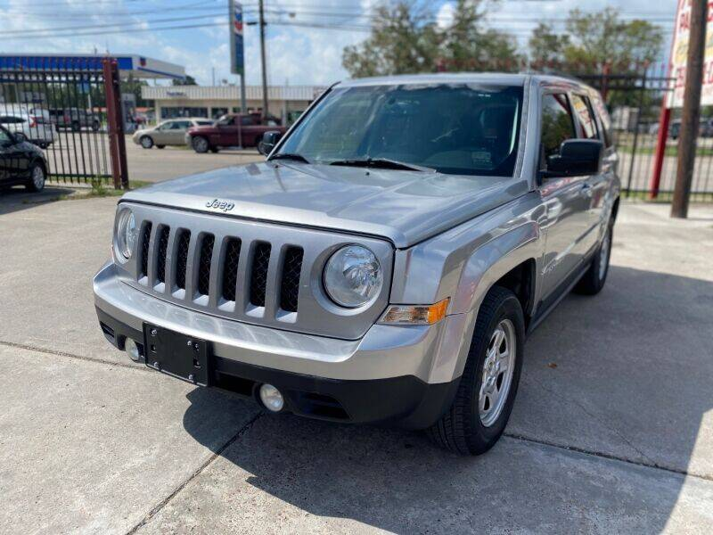 2016 Jeep Patriot for sale at Sam's Auto Sales in Houston TX