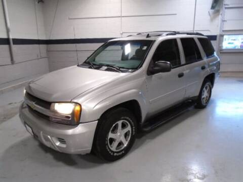 2006 Chevrolet TrailBlazer for sale at Luxury Car Outlet in West Chicago IL