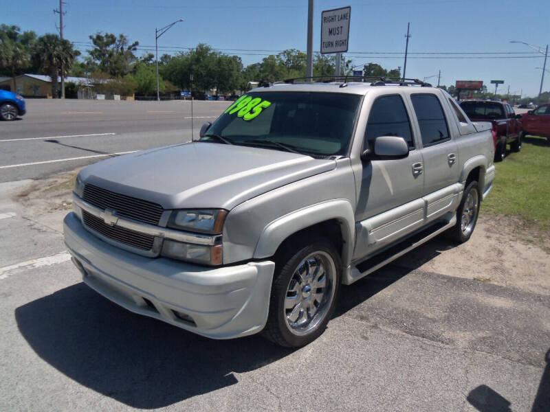 2005 Chevrolet Avalanche for sale at ORANGE PARK AUTO in Jacksonville FL
