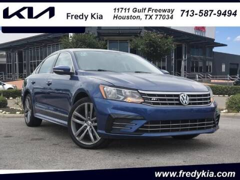 2016 Volkswagen Passat for sale at FREDY KIA USED CARS in Houston TX