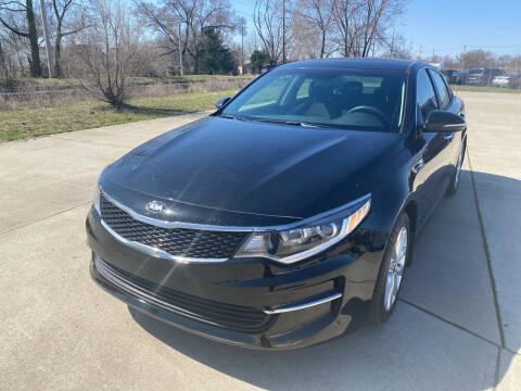 2018 Kia Optima for sale at Mr. Auto in Hamilton OH