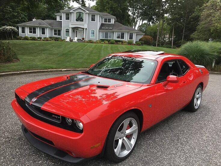 2009 Dodge Challenger for sale at Island Motor Cars in Nesconset NY
