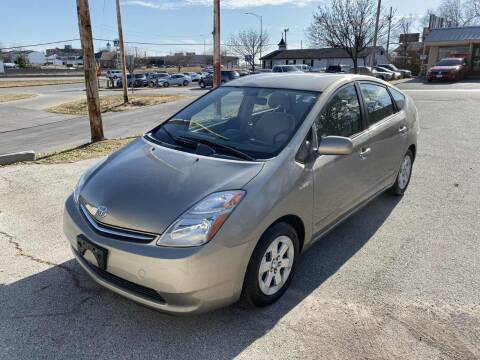 2007 Toyota Prius for sale at Auto Hub in Grandview MO