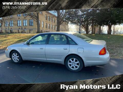 2002 Toyota Avalon for sale at Ryan Motors LLC in Warsaw IN