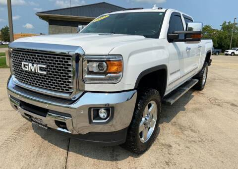 2015 GMC Sierra 2500HD for sale at Auto House of Bloomington in Bloomington IL
