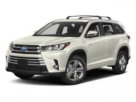 2018 Toyota Highlander Hybrid for sale at Stephen Wade Pre-Owned Supercenter in Saint George UT