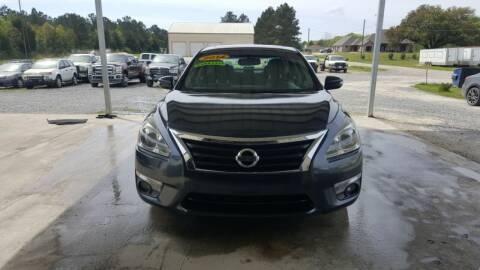 2014 Nissan Altima for sale at Auto Guarantee, LLC in Eunice LA