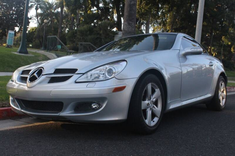 2006 Mercedes-Benz SLK for sale at United Automotive Network in Los Angeles CA
