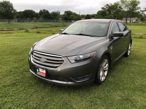 2013 Ford Taurus for sale at LA PULGA DE AUTOS in Dallas TX