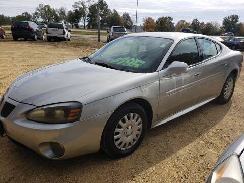 2008 Pontiac Grand Prix for sale at Northwoods Auto & Truck Sales in Machesney Park IL