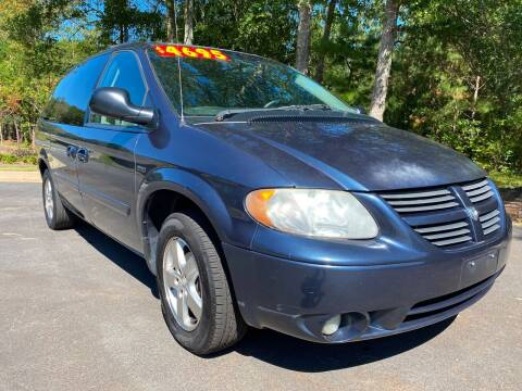 2007 Dodge Grand Caravan for sale at ELAN AUTOMOTIVE GROUP in Buford GA