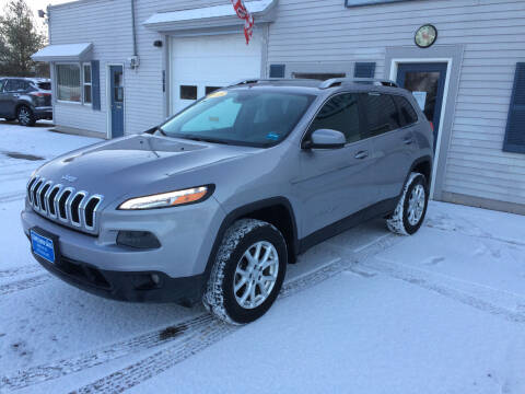 2018 Jeep Cherokee for sale at CLARKS AUTO SALES INC in Houlton ME